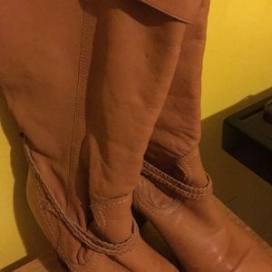 Pair of leather. Boots don't have tag.never used